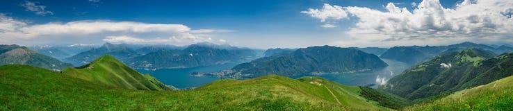 Vista panoramica del lago Como fotografia stock