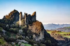 Vista panoramica del malatina Modena Italia delle rocce della roccia fotografie stock libere da diritti
