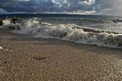 Vista panoramica del mare al giorno di estate ventoso immagine stock