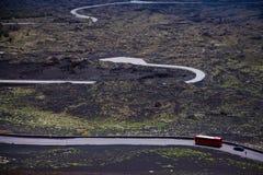 Vista panoramica del parco nazionale di Etna di paesaggio vulcanico con il cratere, Catania, Sicilia Immagine Stock