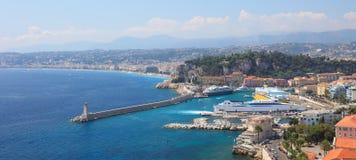 Vista panoramica del porto della città di Nizza. immagine stock libera da diritti