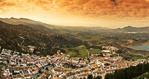 Vista panoramica del villaggio bianco in Spagna Fotografia Stock