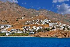 Vista panoramica del villaggio tradizionale sull'isola di Paros Immagine Stock
