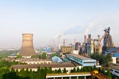Vista panoramica dell'acciaieria cinese di giorno Fotografia Stock Libera da Diritti