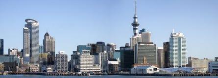 Vista panoramica dell'orizzonte della città di Auckland Immagini Stock