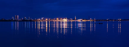 Vista panoramica dell'orizzonte di Tallinn fotografie stock libere da diritti