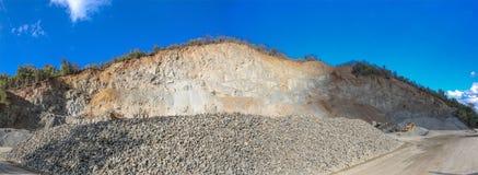 Vista panoramica della cava di ghiaia dalla Serbia Immagini Stock Libere da Diritti