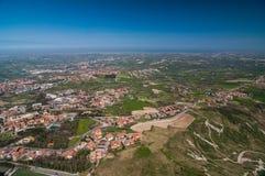 Vista panoramica della città dalla fortezza di San Marino Immagini Stock Libere da Diritti