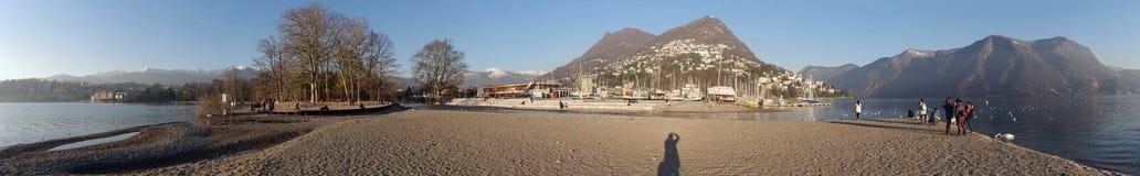 Vista panoramica della città di Lugano nel Ticino, Svizzera Fotografia Stock