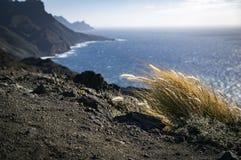 Vista panoramica della costa atlantica rocciosa dell'isola di Gran Canaria, S Fotografie Stock Libere da Diritti
