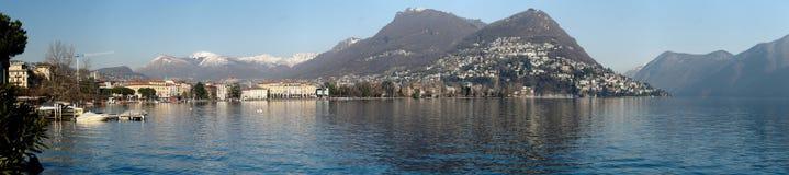 Vista panoramica della costa di Lugano, Svizzera Immagini Stock