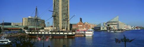 Vista panoramica della costituzione di USS in porto interno, Baltimora, MD fotografie stock