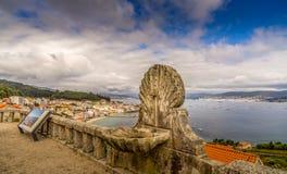 Vista panoramica della linea costiera a Vigo, Galizia Spagna Immagini Stock Libere da Diritti