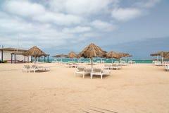 Vista panoramica della spiaggia della vista del boa dell'isola, Capo Verde Fotografie Stock