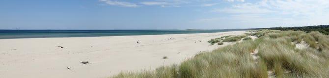Vista panoramica della spiaggia orientale di Nairn un giorno di estati caldo Immagine Stock Libera da Diritti