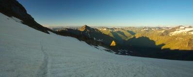 Vista panoramica delle alpi Fotografia Stock