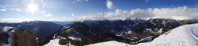 Vista panoramica delle alpi dell'Austria, vicino a Kleinkirc difettoso Fotografie Stock Libere da Diritti