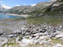 Vista panoramica delle alpi innevate Immagini Stock Libere da Diritti