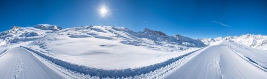Vista panoramica delle alpi italiane nell'inverno Fotografie Stock Libere da Diritti