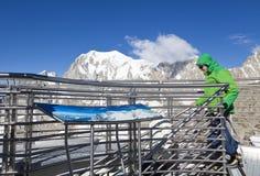 Vista panoramica delle alpi occidentali Paesaggio italiano di estate di Mont Blanc del lato Mont Blanc è il più alto picco delle  Fotografie Stock Libere da Diritti