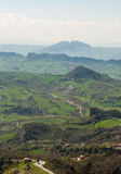 Vista panoramica delle colline dalla fortezza di San Marino Immagine Stock
