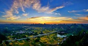 Vista panoramica delle montagne immagine stock libera da diritti