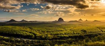 Vista panoramica delle montagne della serra al tramonto visibile da W Immagine Stock Libera da Diritti