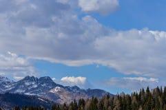 Vista panoramica delle montagne delle alpi delle dolomia vicino a Trento in Italia Immagine Stock Libera da Diritti