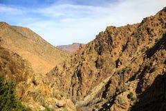 Vista panoramica delle montagne di atlante nel Marocco Immagine Stock