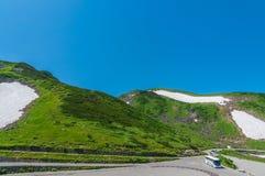 Vista panoramica delle montagne di estate Fotografie Stock Libere da Diritti