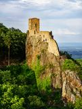 Vista panoramica di alta risoluzione del castello medievale Girsberg Fotografia Stock Libera da Diritti