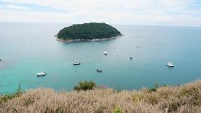 Vista panoramica di bella isola tropicale stock footage