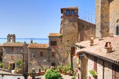 Vista panoramica di Bolsena. Il Lazio. L'Italia. Fotografia Stock Libera da Diritti