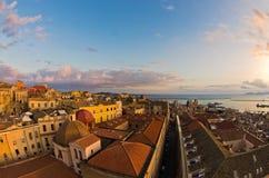 Vista panoramica di Cagliari del centro al tramonto in Sardegna Fotografia Stock