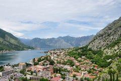 Vista panoramica di Cattaro e della baia di Cattaro, Montenegro Fotografie Stock
