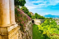 Vista panoramica di Citta Alta, vecchia città Bergamo Fotografie Stock Libere da Diritti