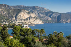 Vista panoramica di Cote d'Azur vicino alla città di Villefranche Immagini Stock