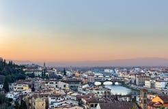 Vista panoramica di Firenze e di Ponte Vecchio Fotografia Stock