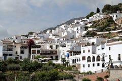 Vista panoramica di Frigiliana - villaggio bianco spagnolo Andalusia Fotografia Stock Libera da Diritti