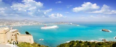 Vista panoramica di Ibiza dal castello Balearic Island fotografie stock libere da diritti