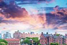Vista panoramica di Manhattan di Midtown al tramonto dall'alta linea parco, Fotografie Stock Libere da Diritti