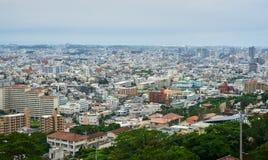 Vista panoramica di Naha dalla cima del castello di Shuri Immagine Stock Libera da Diritti