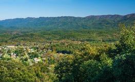 Vista panoramica di New Castle e di vasta montagna funzionata fotografie stock libere da diritti