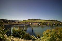 Vista panoramica di Schengen e del ponte del confine fotografia stock
