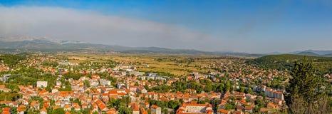 Vista panoramica di Sinj immagini stock