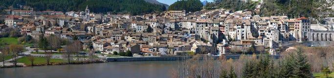 Vista panoramica di Sisteron - Alpes-de-Haute-Provence - la Francia Immagini Stock
