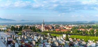 Vista panoramica di Slovenska Bistrica, Slovenia fotografie stock libere da diritti