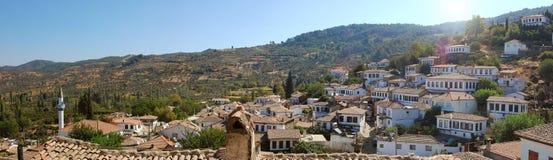 Vista panoramica di un villaggio greco. Immagine Stock