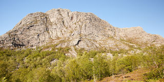 Vista panoramica di una montagna Fotografie Stock