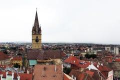 Vista panoramica di vecchio centro urbano, Sibiu, Romania Fotografia Stock Libera da Diritti